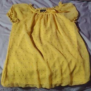 Kids girl yellow shirt